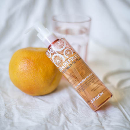 Масло-пенка 2 в 1 с экстрактом грейпфрута Berrisom G9 Grapefruit Vita Bubble Oil Foam